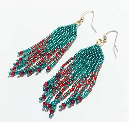 Holly Jolly Fringe by Valerie Catallozzi©2020, Bead Stitch, Bead Weaving Class, Brick Stitch, Fringe Earrings, Holiday Gift
