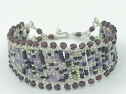 Mauvyflage Cuff  by Corey Milliren ©2020 Silver Wire, Seed Beads, Czech Beads, Wire work, Wire Weave, Wire Wrapping