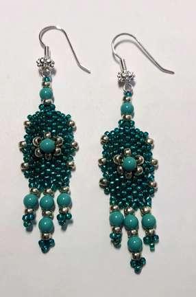 Studded Cuff Earrings by Valerie Catallozzi©2021, Bead Weaving Class, Flat Odd-Count Peyote, Peyote, Peyote Stitch, Earrings, Pendant, Ring