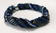 Reveille by Valerie Catallozzi©2020, Spiral Rope, Bangle, Bead weaving Class