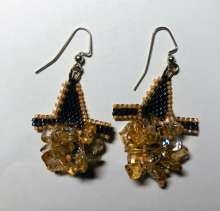Spooktacular Earrings by Valerie Catallozzi©2020, Diagonal Peyote, Peyote Stitch, Halloween, Costume, Bead weaving Class